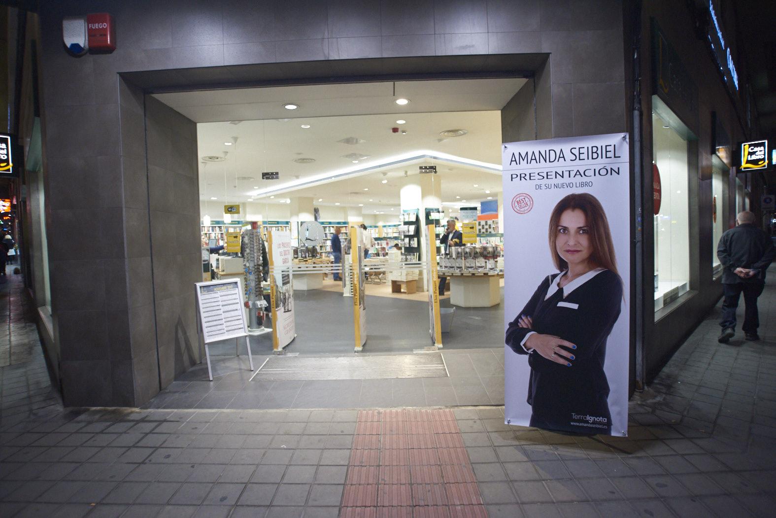 01-Publicar-un-libro-editar-Madrid-Barcelona-cataluña-españa-català-Andalucia-coedicion-autoedicion-amanda-seibiel-myr-garrido-casa-del-libro