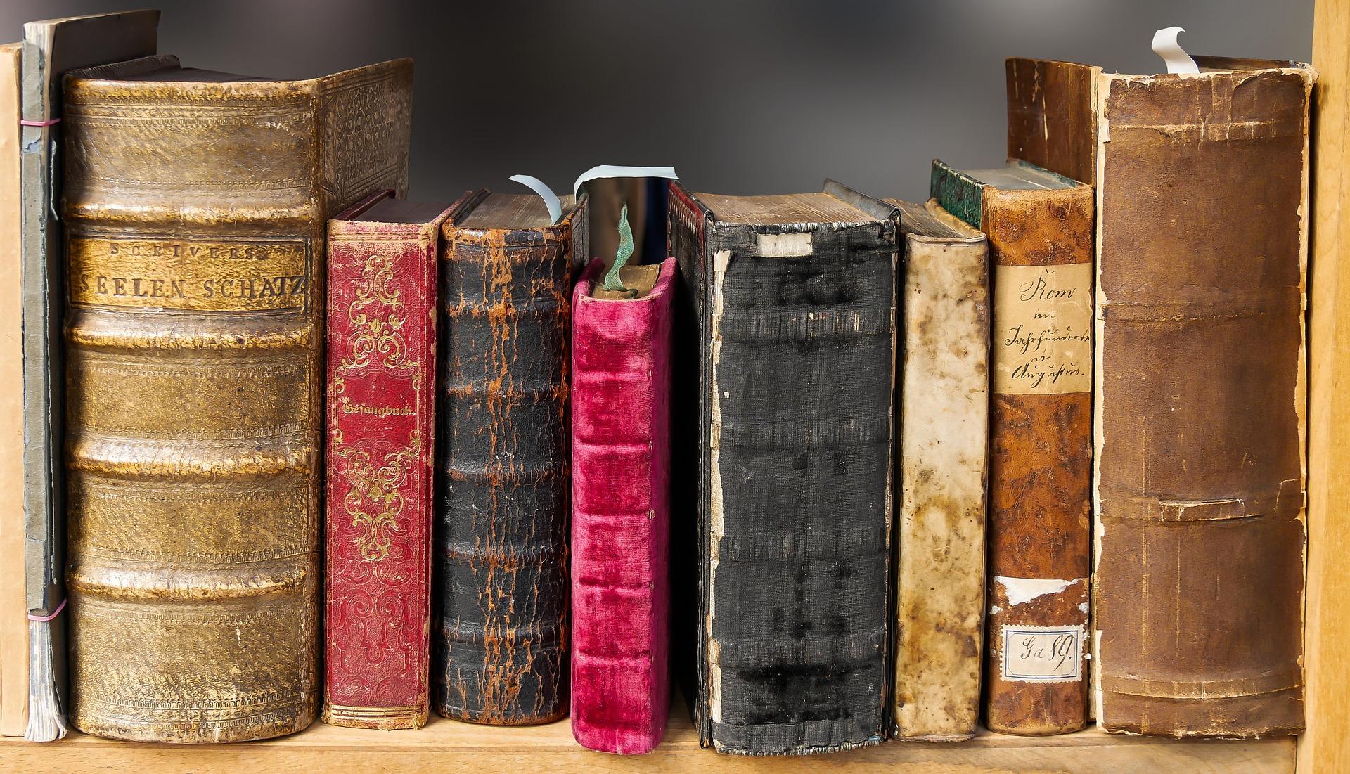 Publicar-un-libro-editar-Madrid-Barcelona-España-Cataluña-Catalunya-català-Andalucia-coedicion-autoedicion-tradicional-manuscrito