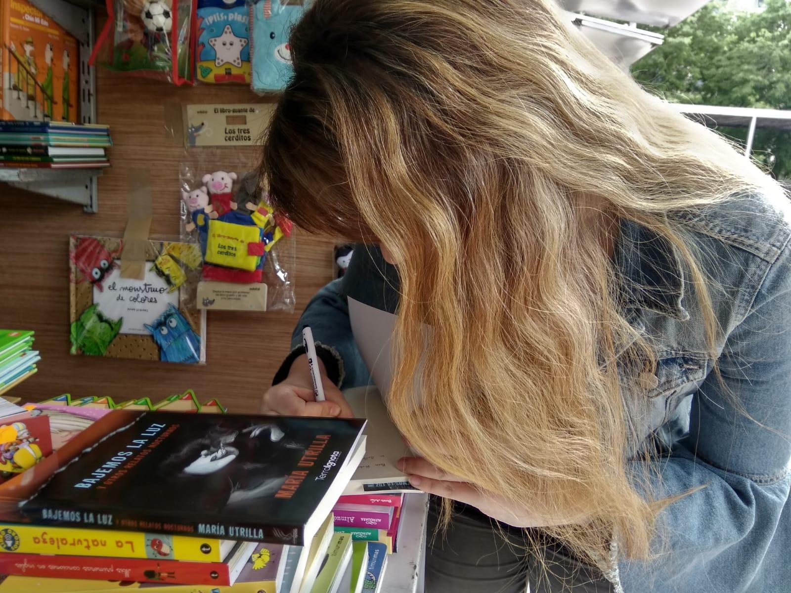 Publicar-un-libro-editar-Madrid-Barcelona-cataluña-españa-català-Andalucia-coedicion-autoedicion-bajemos-la-luz-maria-utrilla-feria-libro-cuenca-2