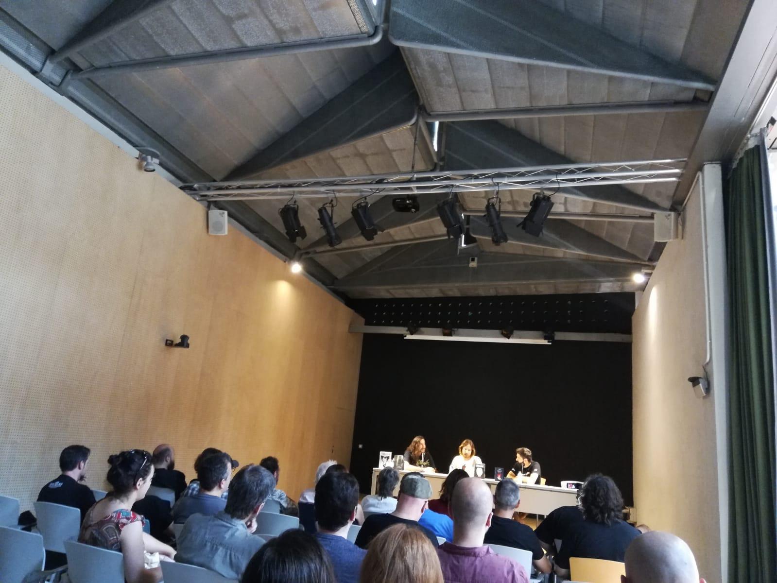 Publicar-un-libro-editar-Madrid-Barcelona-cataluña-españa-català-Andalucia-coedicion-autoedicion-viktor-lamb-el-cazador-de-inmortales-festival-Cryptshow-3